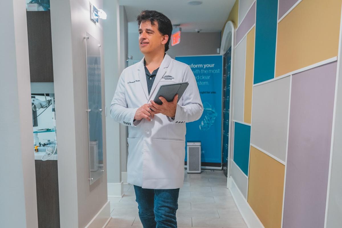 Dr. Konstantine Trichas